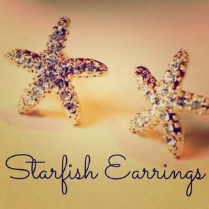 ⬇️SALE⬇️ HOST PICK Rhinestone Starfish Earring