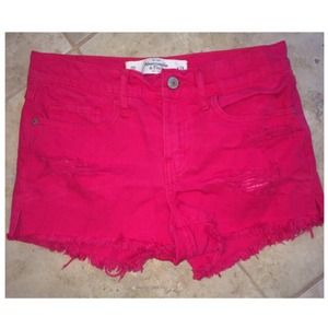 A&F high waisted magenta shorts