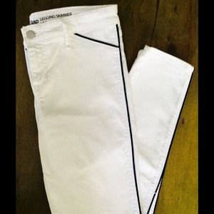 GAP Denim - Gap white skimmers w/ black cording