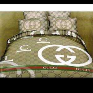 Gucci Bedding 4 Piece Set Poshmark