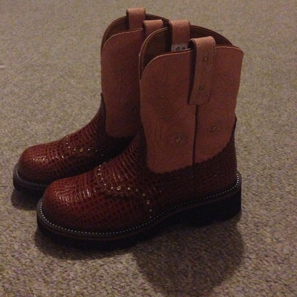 46% off Ariat Boots - FLASH SALE Ariat Gem Baby from Kelly's ...