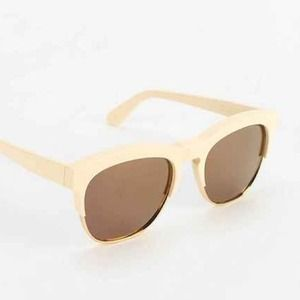Wildfox Accessories - Wildfox Couture Fox Deluxe Mirrored Sunglasses