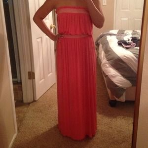 Loveappella Dresses & Skirts - Loveappella coral strapless maxi - small