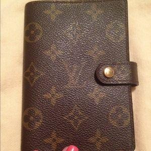 Louis Vuitton Accessories - Authentic Louis Vuitton Agenda PM.