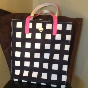 kate spade Handbags - Authentic Kate Spade Tote- New