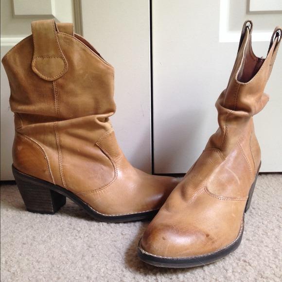 10d41018f0b Aldo short slouchy tan cowboy boots