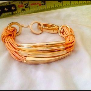 Jewelry - Leather bracelet w golden design & lobster closure