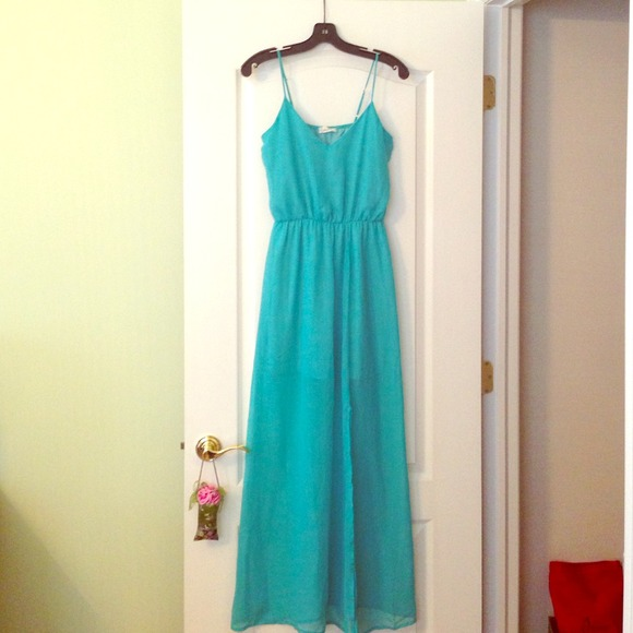 80% off Honey Punch Dresses & Skirts - Turquoise Maxi Dress from ...