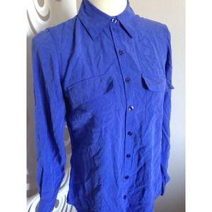 1443a2d156e1f NEXX new york Tops - 100% silk blue button down blouse