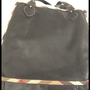 Burberry Bags - Authentic Burberry Women's Tote in genuine leather