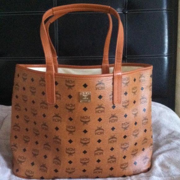 b8065e9dbbd6 Mcm tote bag. M 53d1673ffab83640ec013ff8
