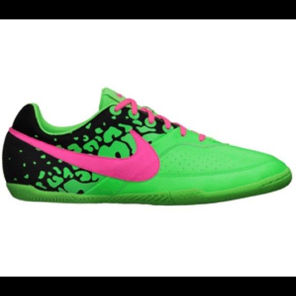 ❗️SALE❗️Brand New Nike Elastico II