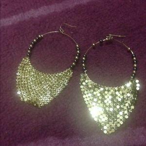 Beautiful stylish fashion earrings 