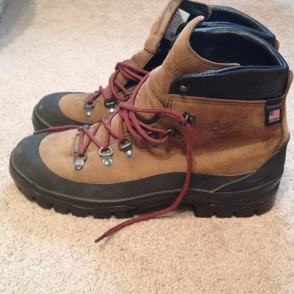 ad7129fa8142ad Danner Crater Rim GTX Hiking Boots - Mens. M_53d2b8bfc003eb2421053ee3