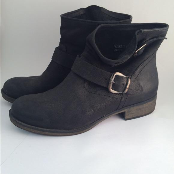 report moto boots