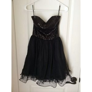 Forever21, sequin & tulle strapless dress!