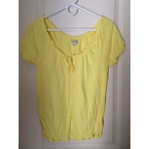American Eagle, yellow top!