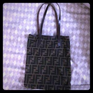 FENDI Bags - Fendi vintage tote handbag 78592ccb5cd9f