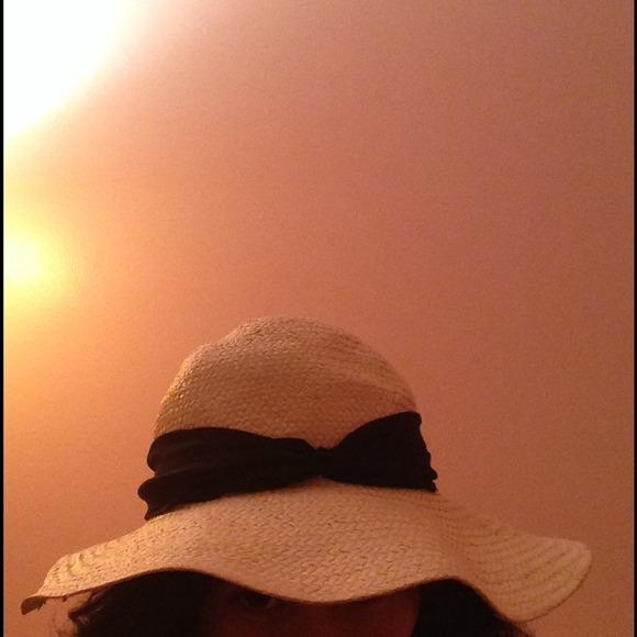 H&M Accessories - 👒 Ribboned straw hat 👒