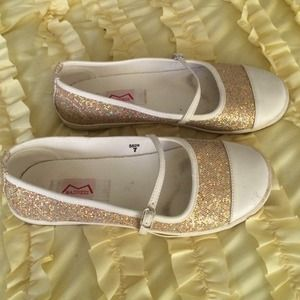 Metallic Gold Sparkle Cap Toe Flats - Madness - 7
