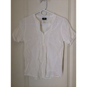 H&M white top, 3/4 sleeve
