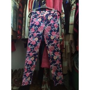 Pants - Flower pattern pants