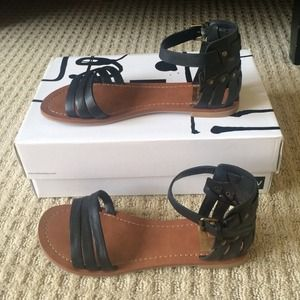 000330c0090d Dolce Vita Shoes - Dolce Vita Daffodil Black Sandal
