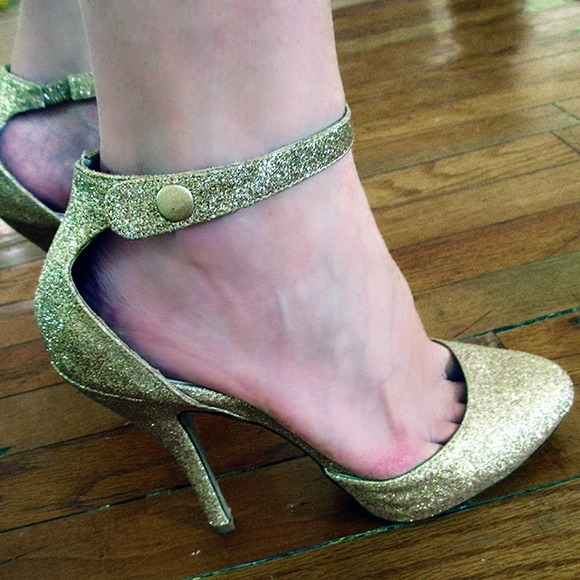 Charlotte Russe Shoes - Gold Glitter Heels