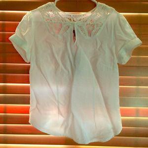 Tops - White lace super cute top