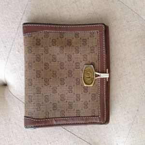 Authentic Gucci Vintage Wallet