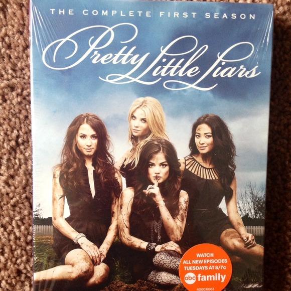 Pretty Little Liars Season 1 DVD