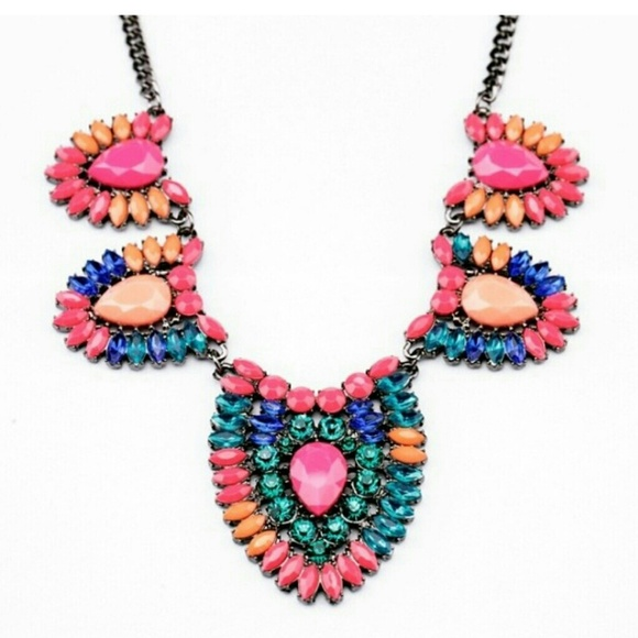 Bright and unique shourouk style necklace OS from Adrienne ...