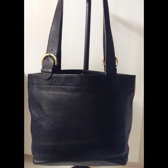 6ea3d677dff7 ... black patent leather tote handbag 40635 6d634  50% off authentic vintage  coach waverly tote bag 4d633 7c279