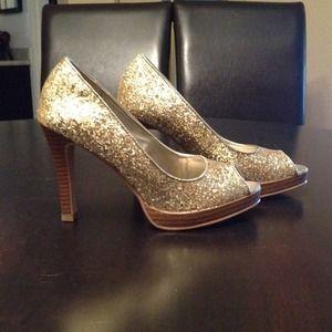 Shoes - Gold glitter peep toe heels