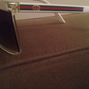 Gucci Accessories - BRAND NEW GUCCI shades