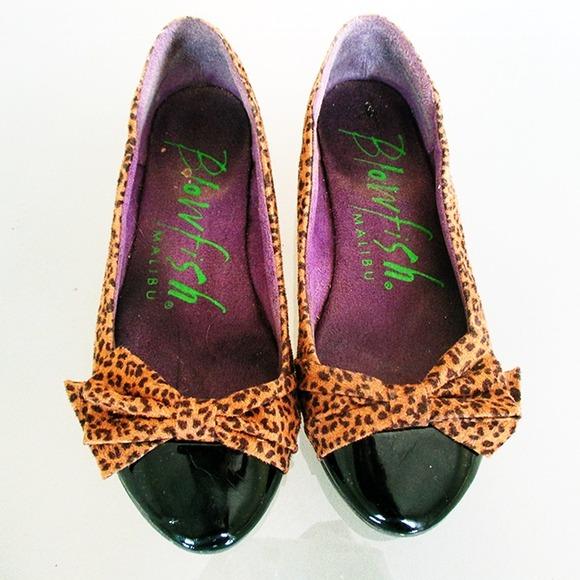 Shoes - Leopard print flats