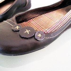Mudd Shoes - Brown Button Detail Flats