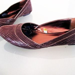 Mossimo Black Shoes - Brown Faux Alligator Texture Flats
