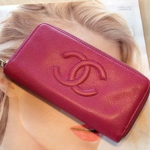 Authentic Wallet of Chanel❤️❤️