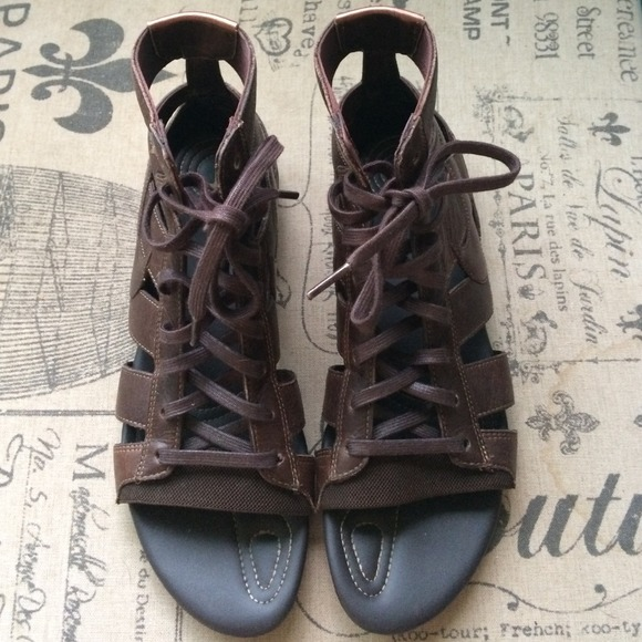 a86fd843b4c NWOT Nike Gladiator Sandals. M 53d8311114b1e010b407f159