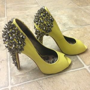 Authentic Sam Edelman spiked peep toe heels