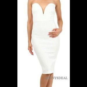 Dresses & Skirts - Deep plunge dress
