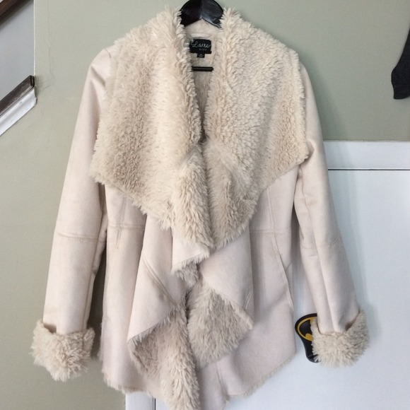 58% off Latte Black Outerwear - White faux shearling coat from