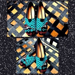Shoes - 🎉🎉HP🎉🎉Hand Painted shoes 😘