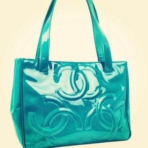 100% auth Chanel bag turquoise - pristine