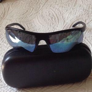 Revo Accessories - Revo shades