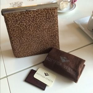Leopard pattern pony hair handbag