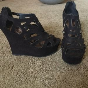 Madden Girl cut out wedges