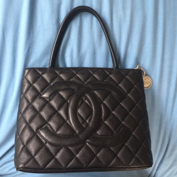 chanel sold bag black image shw with attached medallion thumbnails caviar tote
