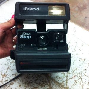 Accessories - Polaroid cameras